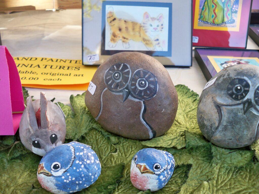 bluebird, painted rock, owl