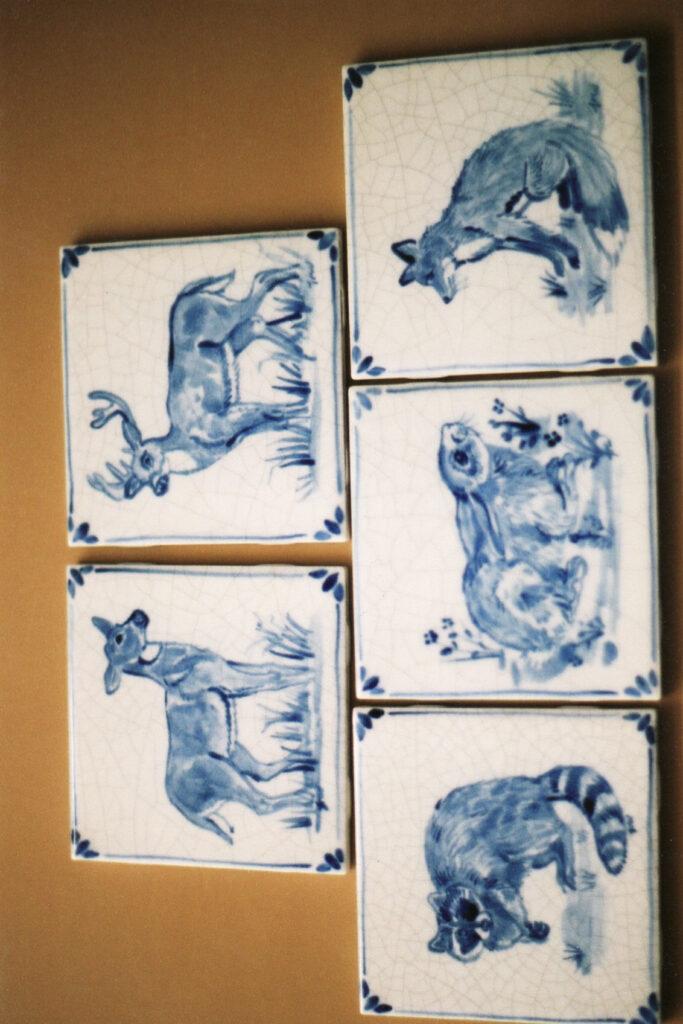 tuzi williams, blue tile, animal
